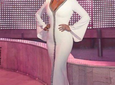 اناقة فستان كارول سماحة البسيط في حفل الموريكس 2019 .. تعرف على سعر فستان كارول سماحة