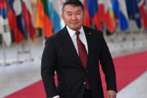رئيس منغوليا رهن احتجاز الحجر الصحي عقب عودته من الصين خوفا من إصابته من فيروس كورونا