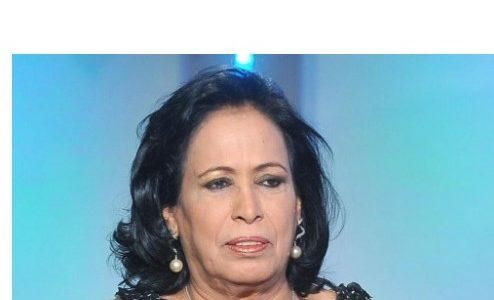 الممثلة الكويتية حياة الفهد تطالب بمغادرة الأجانب المقيمين في الكويت إلى بلادهم ، وما سبب تعرضها لانتقاد واسع ؟!