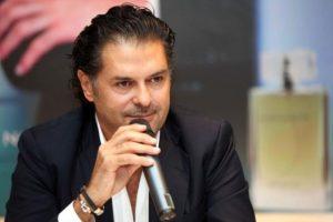 الفنان اللبناني راغب علامة يوجه شكره للحكومة اللبنانية بشأن اتخاذها إجراءات تتعلق بعودة اللبنانيين من الخارج ، وماذا قال مسبقا عن مصرف لبنان ؟!